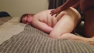 Kövér Csaj Keményen Megdugja A Néger Pasi